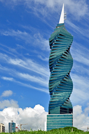 F&F Tower, Panamá